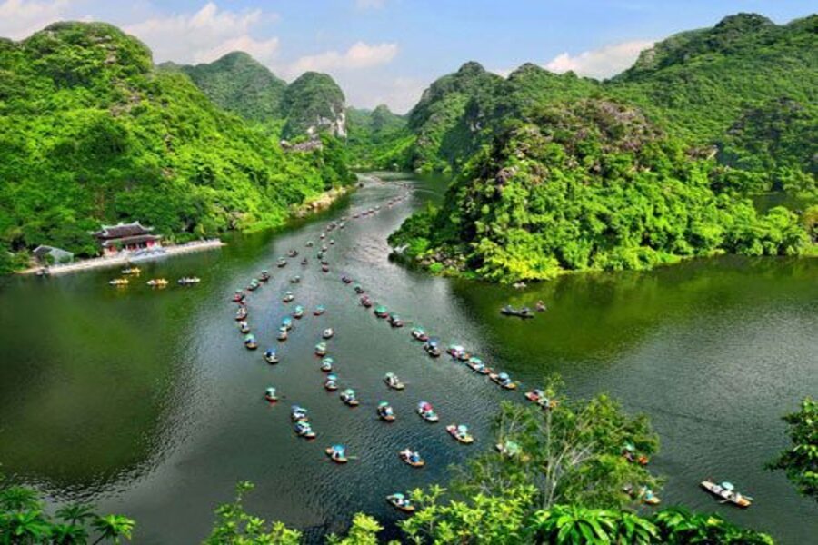 Xe Khach Ha Noi Trang An Ninh Binh
